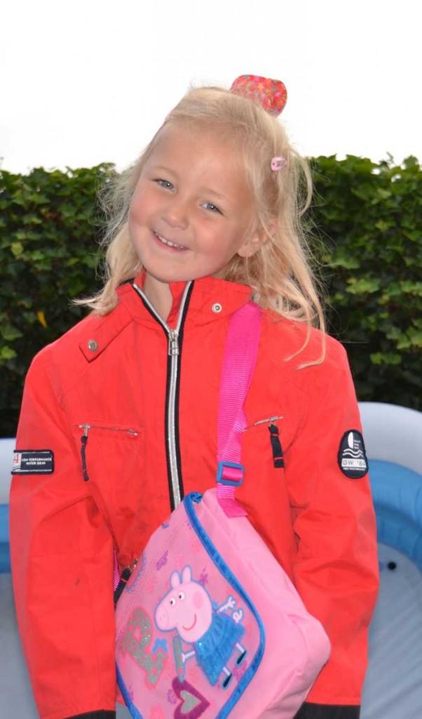 Eerste-schooldag-Lena1