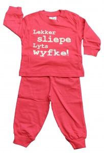 pyjama_famke_1_1_1_1-204x300